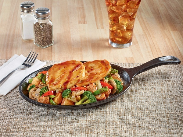 Bourbon chicken sizzlin' skillet